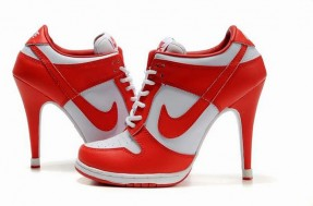 [Chicks in Kicks] Nike Dunk High Heels