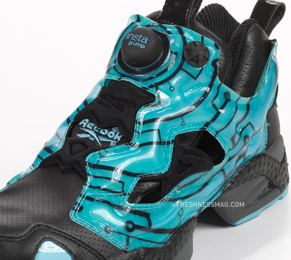 TRON: Legacy x Reebok – Insta Pump Fury | Final Version