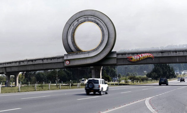 Hot Wheels gets playful with full-scale advertisements